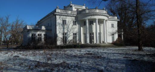 Nieruchomość 94 979mkw zabudowana m.in. rezydencją o p.u. 809,22mkw, Konstancin-Jeziorna